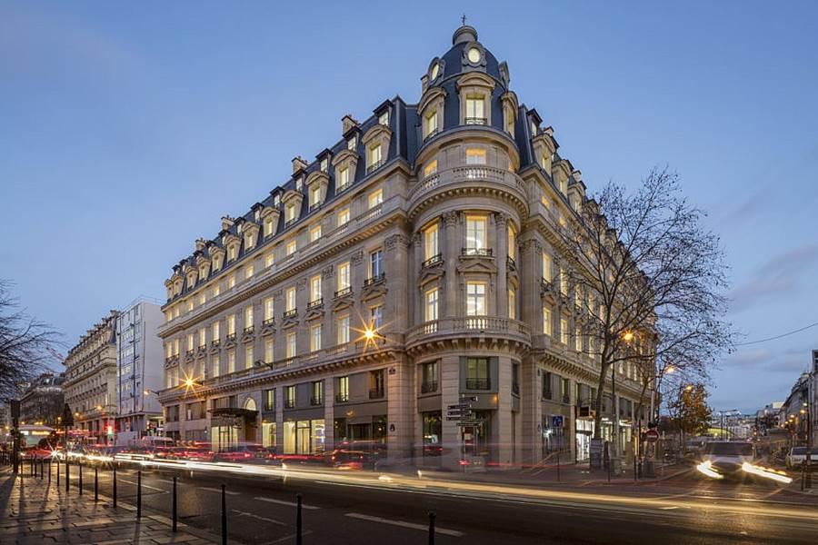 Transformation  immeuble Haussmannien en 42 logements sociaux - Rue du Louvre Paris-0