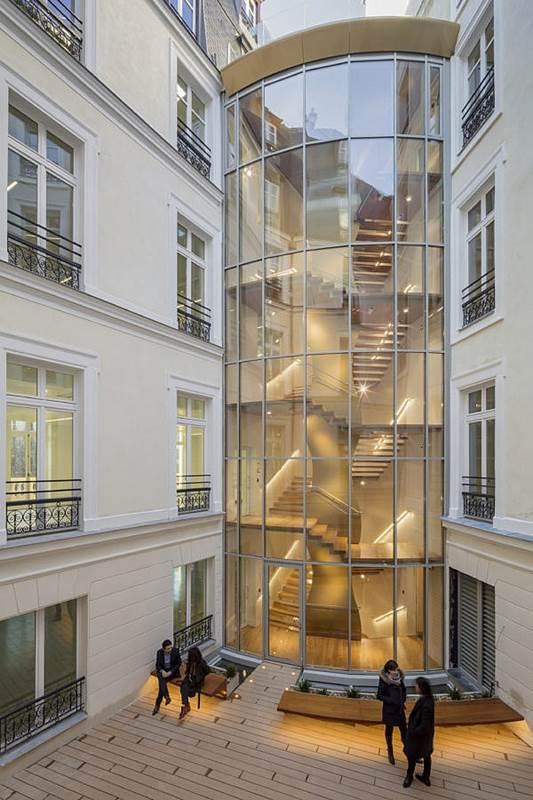 Transformation  immeuble Haussmannien en 42 logements sociaux - Rue du Louvre Paris-1